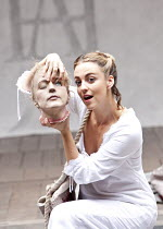 ANNE BOLEYN  Shakespeare's Globe 2010/11