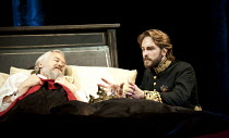 HENRY IV part ii   by Shakespeare   set design: Simon Higlett   costumes: Christopher Woods   lighting: Peter Mumford   fight director: Kate Waters   director: Peter Hall ~l-r: David Yelland (King Hen...