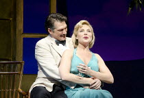 SOUTH PACIFIC   by Rodgers & Hammerstein   sets: Michael Yeargan   costumes: Catherine Zuber   lighting: Donald Holder   musical staging: Christopher Gattelli   director: Bartlett Sher   Paulo Szot (...