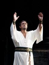 OTELLO   by Verdi   conductor: Antonio Pappano   set design: Timothy O'Brien   costumes: Peter J. Hall   lighting: Robert Bryan   choreographer: Eleanor Fazan   director: Elijah Moshinsky   Act III:...