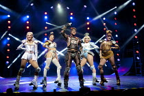 STARLIGHT EXPRESS   music: Andrew Lloyd Webber   lyrics: Richard Stilgoe   design: John Napier   lighting: Nick Richings   direction & choreography: Arlene Phillips ~~l-r: Amanda Coutts (Pearl), Camii...