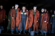 BILLY BUDD   by Benjamin Britten   conductor: Edward Gardner   set design: Paul Steinberg   costumes: Constance Hoffman   lighting: Adam Silverman   direcor: David Alden   left: Gwynne Howell (Danske...