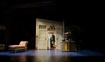 KISS ME KATE   after 'The Taming of the Shrew' by Shakespeare   music & lyrics: Cole Porter   book: Sam & Bella Spewack   design: Robert Jones   lighting: Tim Mitchell   choreography: Stephen Mear   d...
