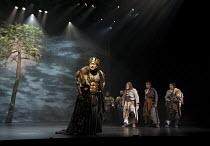 CYMBELINE   by Shakespeare   set design: Tsukasa Nakagoshi   costumes: Nobuko Miyamoto   lighting: Jiro Katsushiba   director: Yukio Ninagawa ~l-r: Kohtaloh Yoshida (Cymbeline, King of Britain), Tetsu...