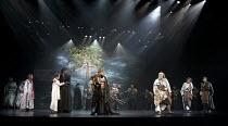 CYMBELINE   by Shakespeare   set design: Tsukasa Nakagoshi   costumes: Nobuko Miyamoto   lighting: Jiro Katsushiba   director: Yukio Ninagawa ~l-r: (rear) Yosuke Kubozuka (Iacimo), Shinobu Otake (Imog...