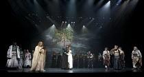 CYMBELINE   by Shakespeare   set design: Tsukasa Nakagoshi   costumes: Nobuko Miyamoto   lighting: Jiro Katsushiba   director: Yukio Ninagawa ~front, l-r: Tomomi Maruyama (Lucius), Tadashi Okada (Soot...