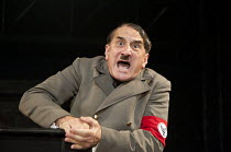 Brecht  THE RESISTIBLE RISE OF ARTURO UI