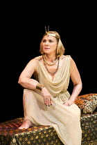 ANTONY AND CLEOPATRA   by Shakespeare   design: Peter Mckintosh   lighting: Paul Pyant   director: Janet Suzman ~Kim Cattrall (Cleopatra)~Chichester Festival Theatre (CFT) / West Sussex, England   14/...