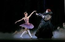 THE SLEEPING BEAUTY   music: Tchaikovsky   choreography: MacMillan after Petipa   set design: Peter Farmer   costumes: Nicholas Georgiadis   Daria Klimentova (Lilac Fairy), James Streeter (Carabosse...