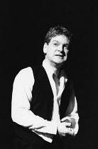 HAMLET  by Shakespeare  design: Bob Crowley  lighting: Alan Burrett  director: Adrian Noble <br> ~Kenneth Branagh (Hamlet)~Royal Shakespeare Company (RSC), Barbican Theatre, London EC2   18/12/1992~(c...