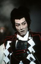 MACBETH   by Shakespeare   set design: Kappa Senoh   costumes: Jusaburo Tsujimura   lighting: Sumio Yoshii   director: Yukio Ninagawa ~Komaki Kurihara (Lady Macbeth), Masane Tsukayama (Macbeth)~Ninaga...