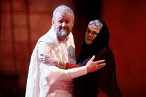 CORIOLANUS   by Shakespeare   design: Bunny Christie   lighting: Ben Ormerod   director: Tim Supple   Richard Briers (Menenius Agrippa), Judi Dench (Volumnia)   Chichester Festival Theatre (CFT) / C...
