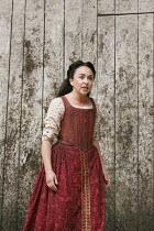 MACBETH   by Shakespeare   design: Mike Britton   director: Eve Best ~Samantha Spiro (Lady Macbeth)~Shakespeare's Globe (SG), London SE1   04/07/2013