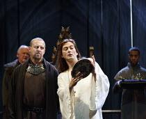 RICHARD II   by Shakespeare   design: Stephen Brimson Lewis   lighting: Tim Mitchell   director: Gregory Doran ~~IV/i - front l-r: Nigel Lindsay (Henry Bolingbroke), David Tennant (King Richard II)~Ro...