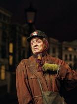 THE LADY IN THE VAN  by Alan Bennett  design: Mark Thompson  lighting: Hugh Vanstone  director: Nicholas Hytner ~~Maggie Smith (Miss Shepherd) ~Queen's Theatre, London W1   07/12/1999~(c) Donald Coope...