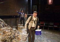 WAITING FOR GODOT   by Beckett   set design: Patrick Kinmonth   costumes: Annina von Pfuel   lighting: Peter Lundin   director: Simon Dormandy ~l-r: Jonathan Oliver (Pozzo), Michael Roberts (Lucky)~Ar...