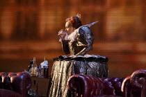 MARIA STUARDA   by Donizetti   after Schiller   conductor: Bertrand de Billy   set design: Christian Fenouillat   costumes: Agostino Cavalca   lighting: Christophe Forey   directors: Moshe Leiser & Pa...