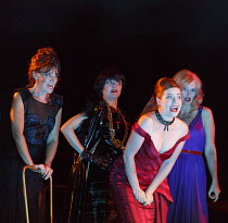 LA TRAVIATA   by Verdi   conductor: Mark Elder   design: Hildegard Bechtler   lighting: Peter Mumford   director: Tom Cairns   front, in red: Hanna Hipp (Flora Bervoix)   Glyndebourne Festival Opera...