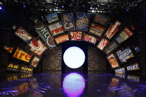 GUYS AND DOLLS   based on the story & characters by Damon Runyon   music & lyrics: Frank Loesser   book: Jo Swerling & Abe Burrows   design: Peter McKintosh   lighting: Tim Mitchell   choreography: Ca...