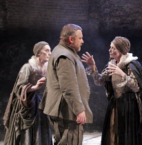 MACBETH  by Shakespeare  design: Christopher Oram  lighting: Neil Austin  director: John Caird  ~Simon Russell Beale (Macbeth) with the Witches   l-r: Janet Whiteside, Ann Firbank~Almeida Theatre, Lon...