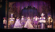CINDERELLA   written by Eric Potts   choreographer: Lizzi Gee   director: Ian Talbot l-r: Wayne Sleep (Dandini), Matthew Kelly (Ugly Sister), Linda Gray (Fairy Godmother), Liam Doyle (Prince Charming)...