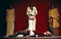 ANTONY AND CLEOPATRA   by Shakespeare   design: Sally Jacobs   director: Peter Brook Cleopatra grieves over Antony's body - l-r: Paola Dionisotti (Charmian), Glenda Jackson (Cleopatra),Juliet Stevenso...