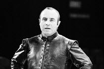 THE DUCHESS OF MALFI   by John Webster   design: Bob Crowley   lighting: Geoffrey Joyce   director: Adrian Noble ~~Bob Hoskins (Bosola)~Royal Exchange Theatre, Manchester  16/09/1980   Roundhouse, Lon...