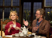 HAY FEVER   by Noel Coward   design: Peter McKintosh   lighting: Paul Pyant   director: Lindsay Posner Felicity Kendal (Judith Bliss), Simon Shepherd (David Bliss)a Theatre Royal Bath production / Duk...