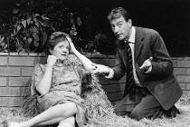 WOMAN IN MIND   written & directed by Alan Ayckbourn   design: Roger Glossop   lighting: David Hersey Julia McKenzie (Susan), Peter Blythe (Bill) Vaudeville Theatre, London WC2   03/09/1986...