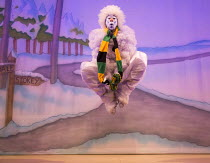 JACK AND THE BEANSTALK   written & directed by Susie McKenna   music: Steven Edis   Kat B (Snowman)  Hackney Empire, London E8   26/11/2015        � Donald Cooper/Photostage   donald@photostage.co.uk...