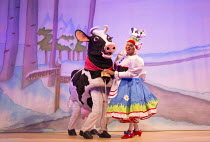 JACK AND THE BEANSTALK   written & directed by Susie McKenna   music: Steven Edis   Clive Rowe (Dame Daisy Trott) with Buttercup Hackney Empire, London E8   26/11/2015        � Donald Cooper/Photostag...