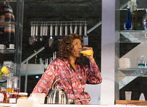 LINDA   by Penelope Skinner   set design: Es Devlin   costumes: Alex Lowde   lighting: Lee Curran   director: Michael Longhurst Noma Dumezweni (Linda) Jerwood Theatre Downstairs / Royal Court Theatre...