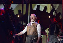 David Essex (The Voice of Humanity) in THE WAR OF THE WORLDS adapted by Doreen Wayne after H G Wells music: Jeff Wayne opening at the Dominion Theatre, London W1 on 17/02/2016 ~        ~ Donald Cooper...
