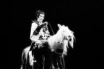 MACBETH   by Shakespeare   set design: Kappa Senoh   costumes: Jusaburo Tsujimura   lighting: Sumio Yoshii   director: Yukio Ninagawa Masane Tsukayama (Macbeth) on horseback ~Ninagawa Theatre Company,...
