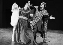 l-r: Frances Cuka (Lady Duncan), Terry Scott (Duncan), Harry H Corbett (Macbett) in MACBETT by Eugene Ionesco after Shakespeare's 'Macbeth'  Bankside Globe Theatre, London SE1  07/1973 design: Martin...