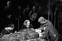 ROMEO AND JULIET by Shakespeare set design: Bob Crowley costumes: Priscilla Truett lighting: Brian Harris fights: Malcolm Ranson  director: John Caird ~tomb scene - l-r: Penny Downie (Lady Capulet), (...