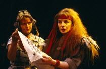 MACBETH  by Shakespeare   design: Ellen Cairns   lighting: Jim Simmons   director: Chris Bond  right: Noreen Kershaw (Lady Macbeth)Half Moon Theatre, London E1  08/10/1987                      (c) Don...