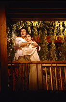 ROMEO AND JULIET by Shakespeare design: Farrah director: Terry Hands on the balcony: Mark Rylance (Romeo), Georgia Slowe (Juliet)Royal Shakespeare Company (RSC) / Swan Theatre, Stratford-upon-Avon, En...
