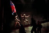 HENRY V   by Shakespeare   design: Ashley Martin-Davies   lighting: Peter Mumford   director: Ron Daniels      III/i - Henry leads the attack on Harfleur : Michael Sheen (King Henry V) Royal Shakes...