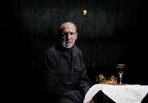 RICHARD III by Shakespeare set design: Hildegard Bechtler costumes: Jan Morrell lighting: Jon Clark fights direction: Terry King director: Rupert Goold Ralph Fiennes (Richard, Duke of Gloucester) Alme...