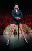 CHICAGO music: John Kander lyrics: Fred Ebb book: Fred Ebb & Bob Fosse design: John Lee Beatty choreography: Ann Reinking after Fosse director: Walter Bobbie   Ute Lemper (Velma Kelly) Adelphi Theatre...