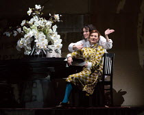 (front) Sarah Connolly (Countess Geschwitz), (rear) Brenda Rae (Lulu) in LULU by Alban Berg opening at English National Opera (ENO), London Coliseum WC2 on 09/11/2016   after 'Erdgeist' & 'Die Busche...