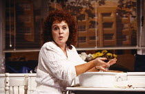 SHIRLEY VALENTINE by Willy Russell design: Bruno Santini lighting: Nick Chelton director: Simon Callow Pauline Collins (Shirley Valentine) Vaudeville Theatre, London WC2  1988                       Do...
