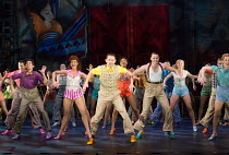 centre: Graeme Henderson (Andy Lee) in 42nd STREET opening at the Theatre Royal Drury Lane, London WC2 on 04/04/2017 book: Michael Stewart & Mark Bramble music: Harry Warren lyrics: Al Dubin set desig...