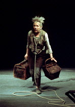 WAITING FOR GODOT by Beckett  design: Matias  director: Samuel Beckett Horst Bollmann (Estragon)Schiller Theatre, Berlin production / Royal Court Theatre, London SW1  22/04/1976                   Dona...