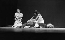ANTONY AND CLEOPATRA   by Shakespeare   design: Sally Jacobs   director: Peter Brook  l-r: Glenda Jackson (Cleopatra), Paola Dionisotti (Charmian), Alan Howard (Antony)  ** Lo-res uncorrected and unre...