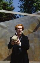 HAMLET by Shakespeare  design: Tanya McCallin  director: Tim Pigott-Smith   Damian Lewis (Hamlet)  Open Air Theatre (OAT), Regent's Park, London NW1  15/05/1994 � Donald Cooper/Photostage   photos@pho...