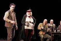 HENRY IV part i  by Shakespeare  director: Nicholas Hytner  II/iv - The Boar's Head - l-r: Matthew Macfadyen (Henry, Prince of Wales/Hal), Michael Gambon (Sir John Falstaff),Roger Sloman (Bardolph), A...