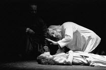 KING LEAR by Shakespeare  design: Richard Hudson  lighting: Paul Pyant  director: Jonathan Miller final scene - l-r: Ian Hogg (Earl of Kent), Kim Thomson (Cordelia), Eric Porter (Lear) The Old Vic, Lo...