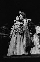 HENRY VIII  by Shakespeare  design: John Bury  lighting: John Bradley  director: Trevor Nunn   Lisa Harrow (Anne Bullen), Donald Sinden (Henry VIII)  Royal Shakespeare Company (RSC), Aldwych Theatre,...